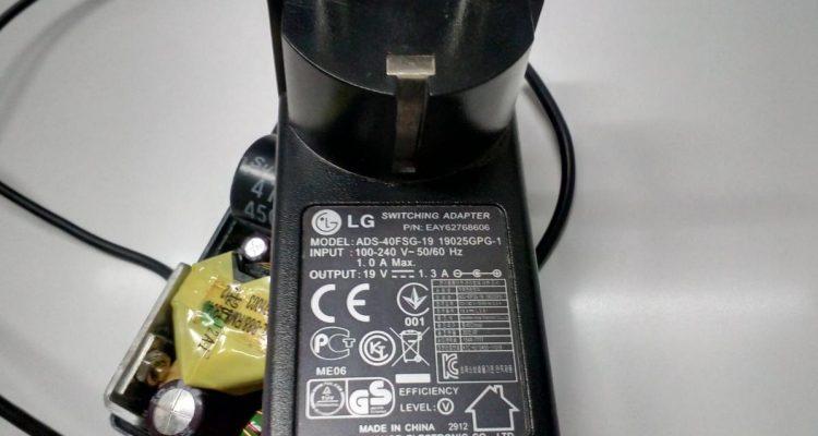 Разборка блока питания LG ADS-40FSG-19