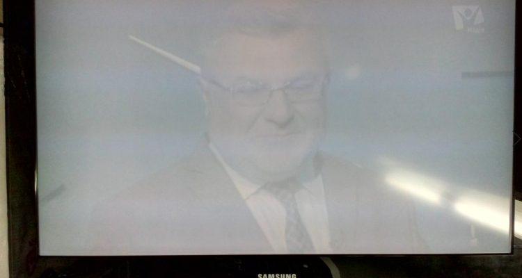 Телевизор Samsung LE37A656 с неисправностью белый экран