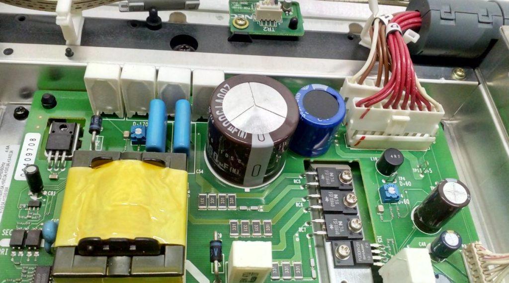 Блок питания PKG-1885 не включается Toshiba 35WP26M