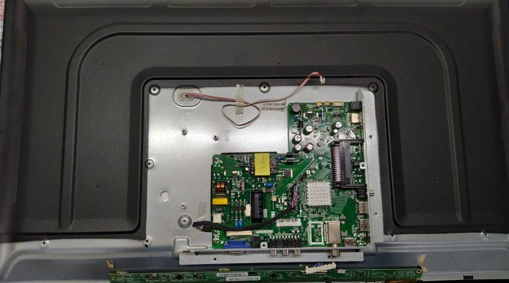 Замена LED подсветки Romsat 32HMC1720T2
