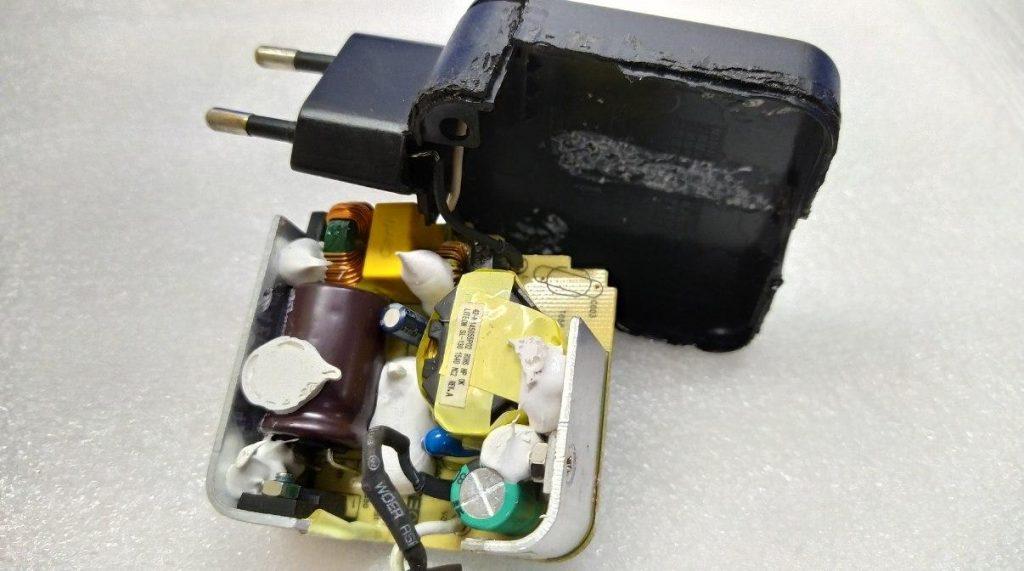 Неисправный блока питания Lenovo PA-1450-55LU
