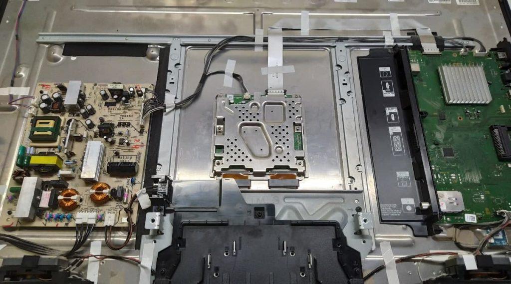 Серый экран Sony KDL-40NX700